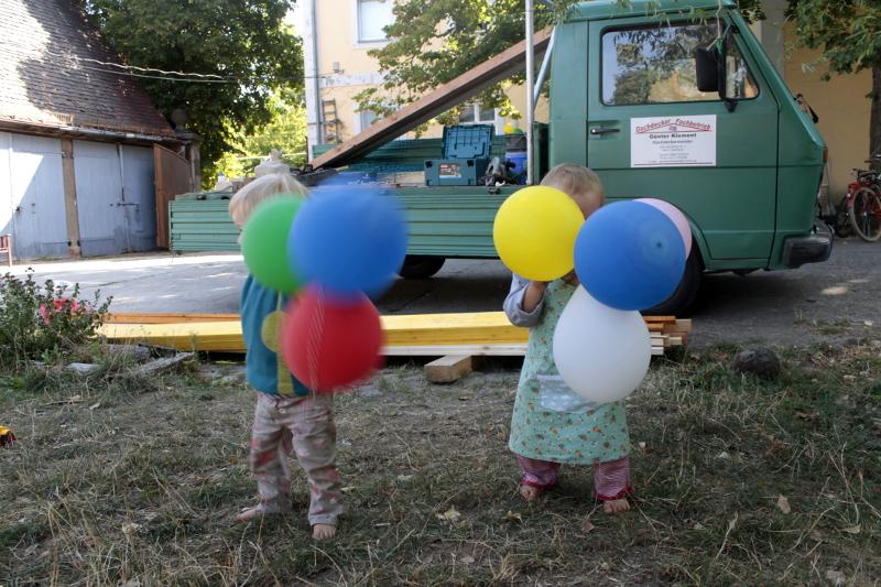 Luftballons zum Dachdecken
